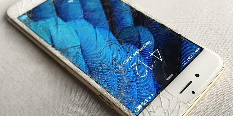 inlocuire sticla iphone 7