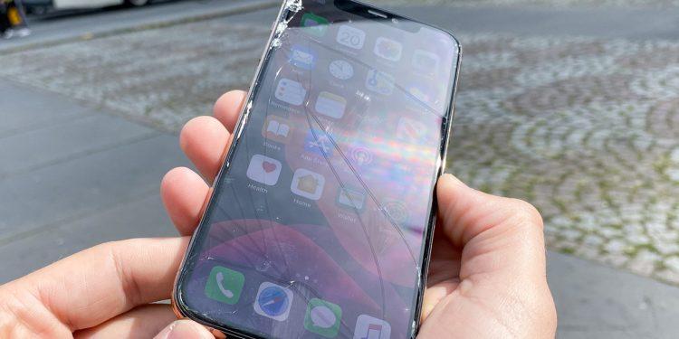 inlocuire sticla iphone 11 pro max